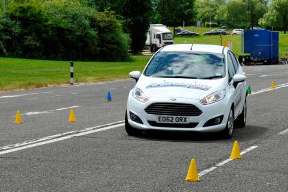 Driving Instructors Glasgow | Advantages of Learning How to Drive